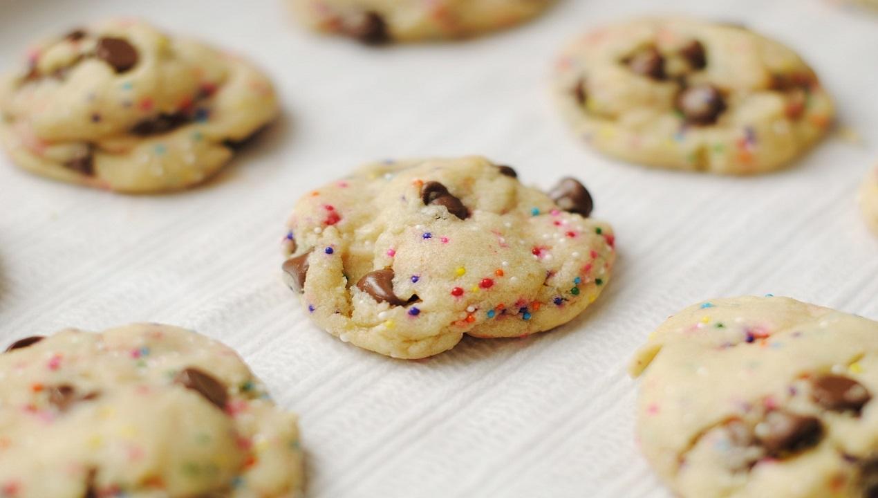 עוגיות שוקולד צ'יפס קנאביס הגיע הזמן למשהו קלאסי